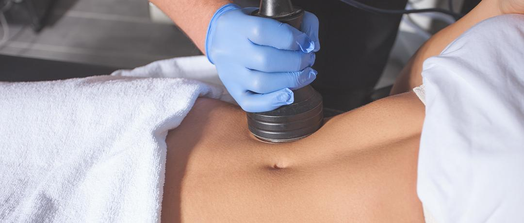 A patient receiving an Ultrasound massage at the gallery of cosmetic surgery