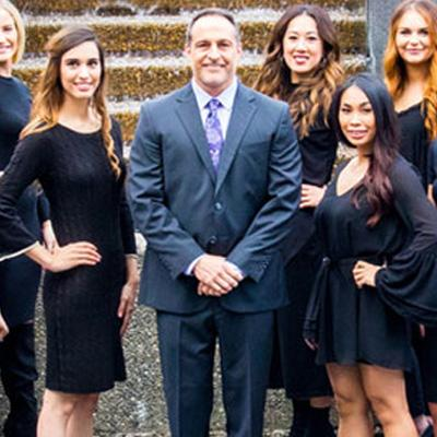 Group photo of The Gallery of Cosmetic Surgery staff